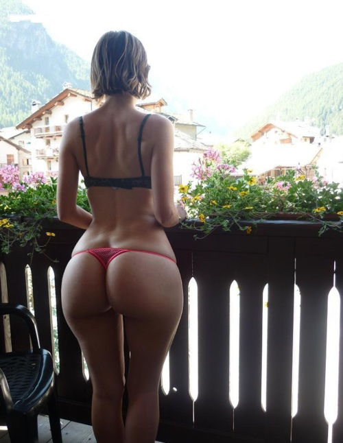 coco bent over nude